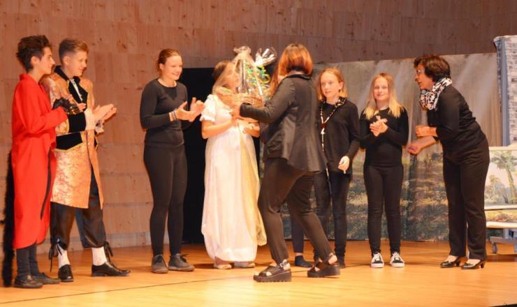 2.Kärntner Theaterfestival 2017 – Drehscheibe